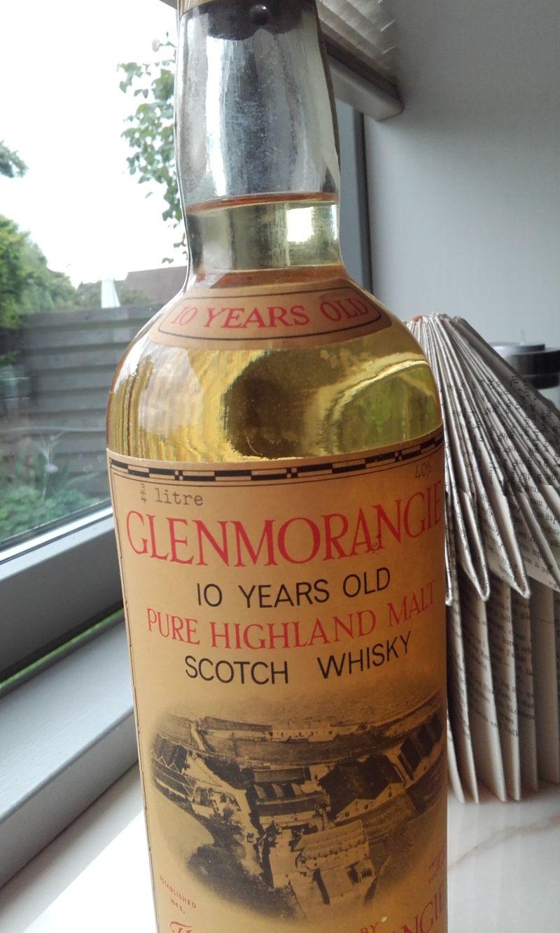 Whiskyflaskenr2.jpg